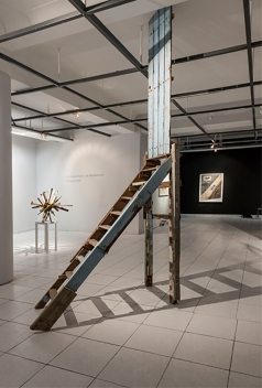 Escalera y puerta, 2010